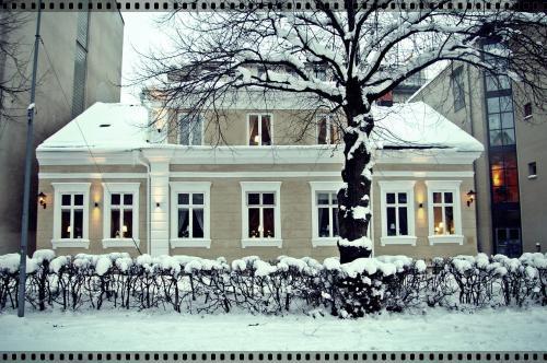 Vandrarhem Uppsala Kungsängstorg during the winter