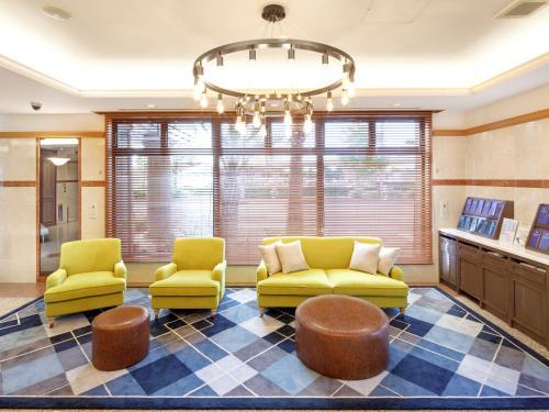 The lobby or reception area at HOTEL MYSTAYS Maihama