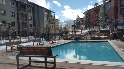 The swimming pool at or near Raintree's The Miners Club Park City