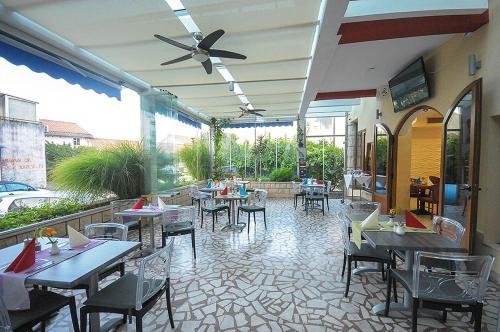 Ресторан / где поесть в Hotel Aquamarin