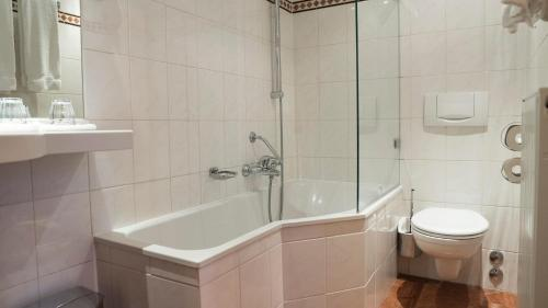 A bathroom at Hotel Botticelli