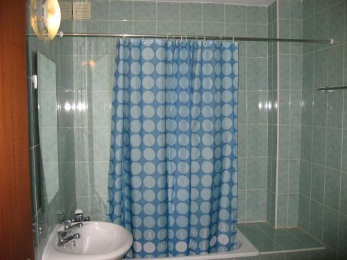 Uma casa de banho em Hostel 33