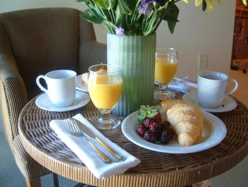 Breakfast options available to guests at Southbridge Napa Valley