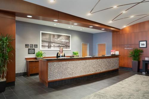 The lobby or reception area at Hampton Inn Philadelphia Center City-Convention Center