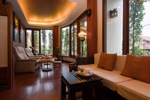 A seating area at Salana Boutique Hotel