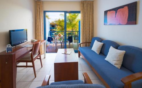 A seating area at Blue Sea Jandia Luz