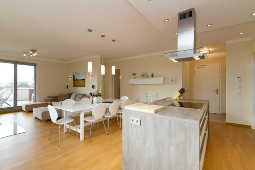 A kitchen or kitchenette at Quartier II Wohnung 08 Penthouse