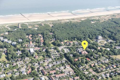 Een luchtfoto van Mezger Lodges - Seayou Zeeland