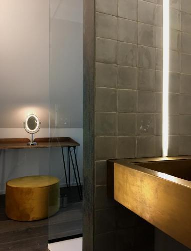 Een badkamer bij B&B Copain Moulin