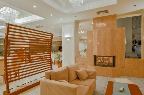 A seating area at Nefeli Hotel
