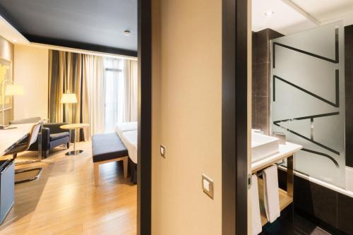 A kitchen or kitchenette at Hotel Jazz