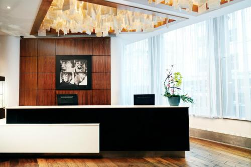 The lobby or reception area at Hard Days Night Hotel