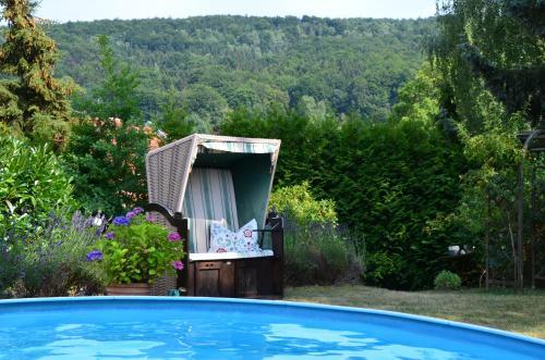 Der Swimmingpool an oder in der Nähe von Villa Sonnenseite Jonsdorf