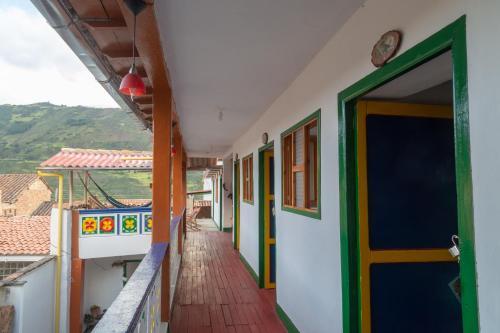 A balcony or terrace at Hostal El Caminante