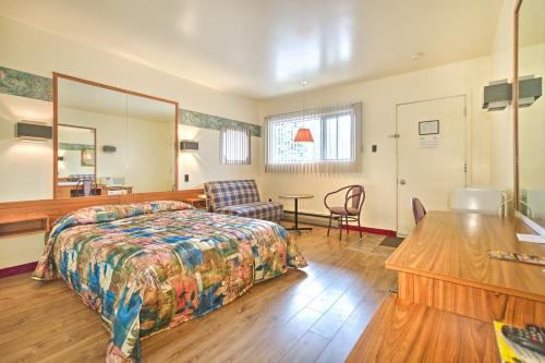 A bed or beds in a room at Motel R-100