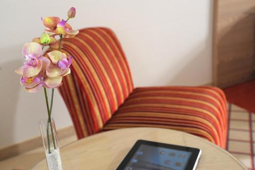 Ein Sitzbereich in der Unterkunft Best Western Hotel Der Föhrenhof