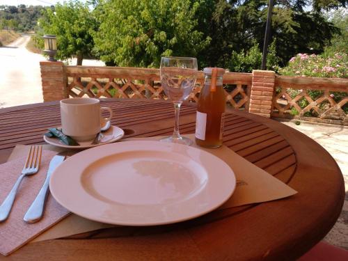 Restaurant o un lloc per menjar a Mas Trucafort - Adults only