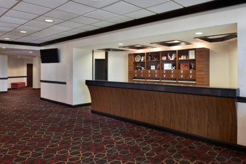 The lobby or reception area at Four Points by Sheraton Halifax