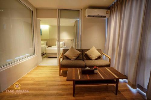 Гостиная зона в Zand Morada Pattaya