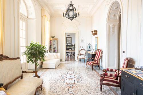 Villa Erre - Literary B&B Lanzo Torinese, Italy