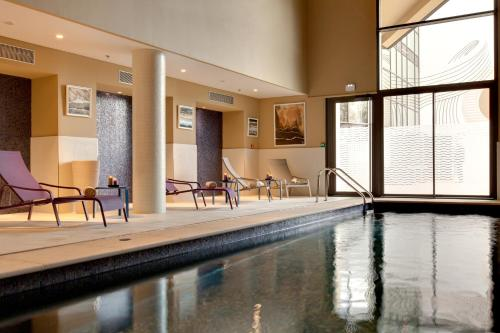 The swimming pool at or near Renaissance Aix-en-Provence Hotel