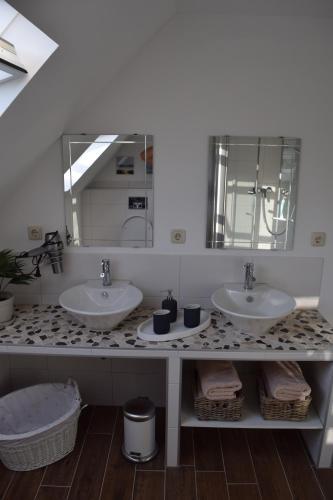 A bathroom at Gästehaus Voyage