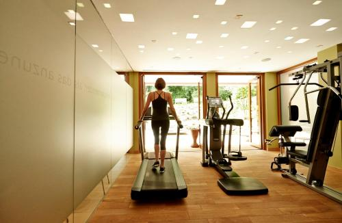 The fitness center and/or fitness facilities at Waldhotel Stuttgart