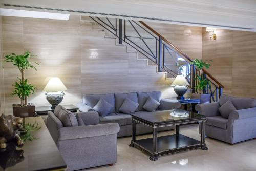 The lobby or reception area at Grand Excelsior Hotel Deira