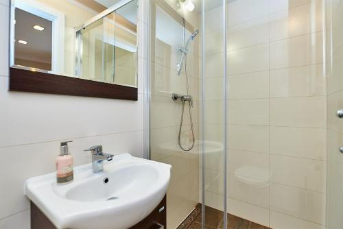 Łazienka w obiekcie Carmelito
