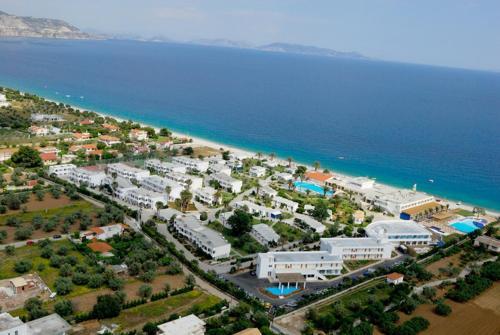 Kinetta Beach Resort and Spa с высоты птичьего полета