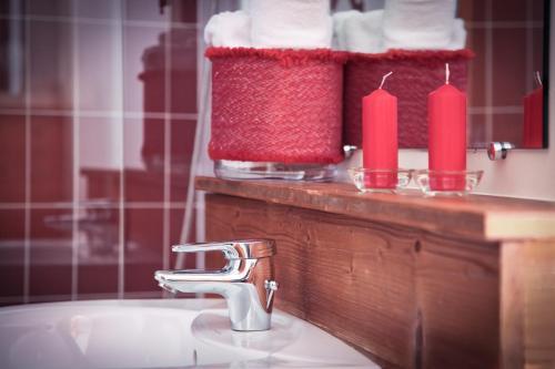 Salle de bains dans l'établissement Auberge du Val Joli