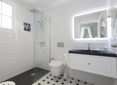 Ванная комната в MR El Hotelet de la Raconà