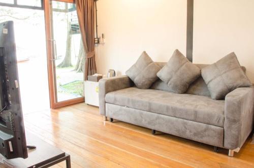 Ein Sitzbereich in der Unterkunft Salisa Resort