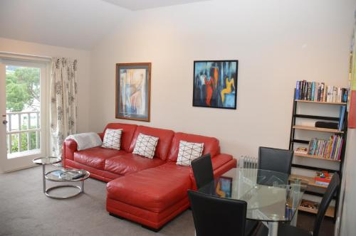 A seating area at Akaroa Central Apartment