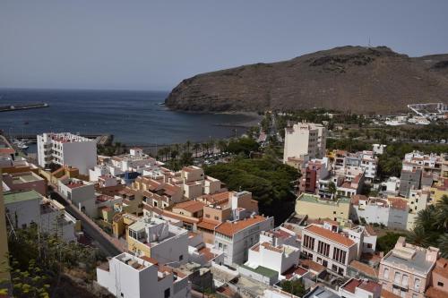 A bird's-eye view of Apartamentos Casa Cathaysa