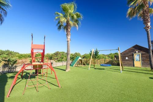 De kinderspeelruimte van Marinda Garden Aparthotel