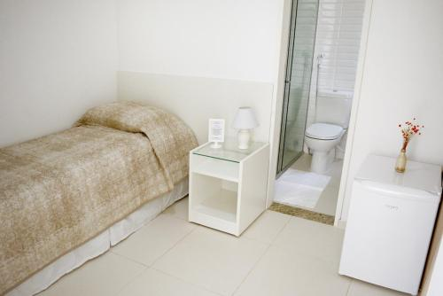 A bathroom at Pousada Lorde Inglês