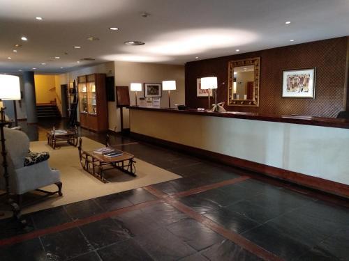 The lobby or reception area at Parador de Artíes