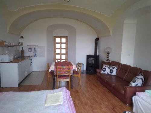 Posezení v ubytování Dvůr v Borovné