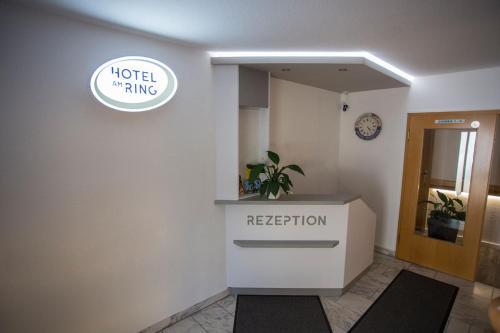Lobby/Rezeption in der Unterkunft Hotel am Ring