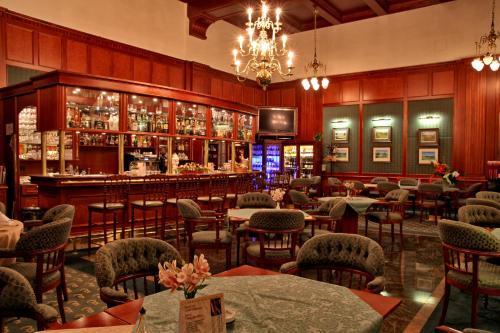 Lounge nebo bar v ubytování Esplanade Spa and Golf Resort