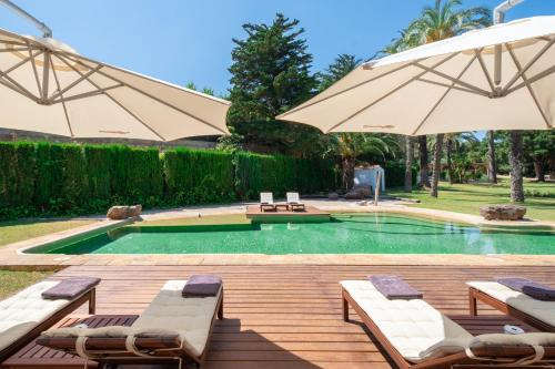 The swimming pool at or near Hort Sant Patrici - Adults Only
