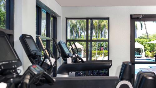 The fitness center and/or fitness facilities at Renaissance Fort Lauderdale Cruise Port Hotel