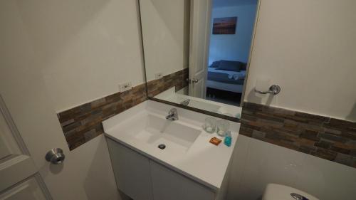 Un baño de Hotel Casa Cytia