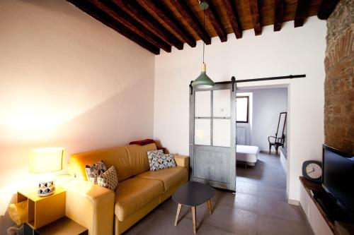 A seating area at A casa tua - Apartment in Florence