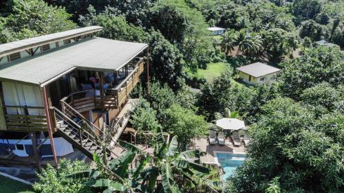 Uma vista aérea de La Villa Te Fetia Nui Moorea