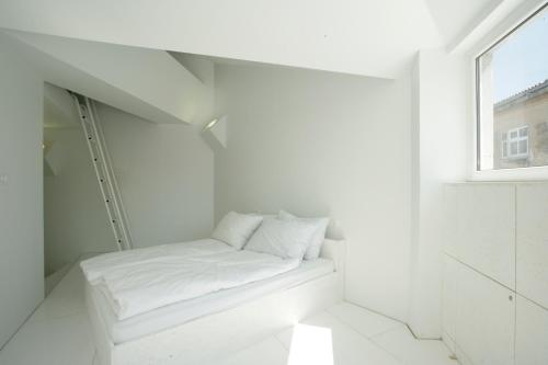 A bed or beds in a room at Design Guest House Goli & Bosi