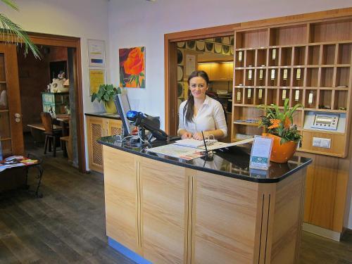 Lobby/Rezeption in der Unterkunft Hotel Restaurant Itzlinger Hof