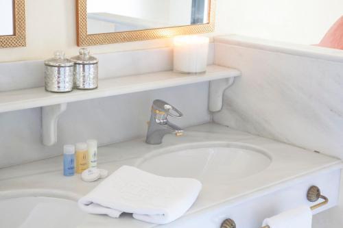 A bathroom at Villa Jerez
