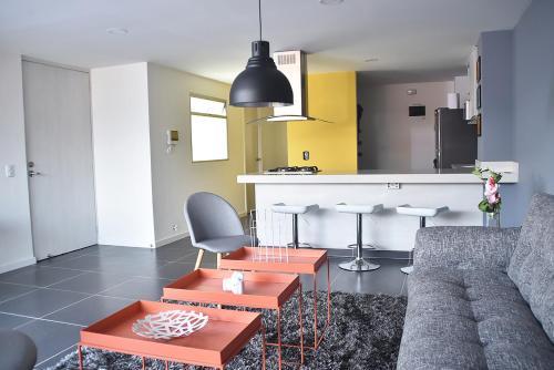 Una cocina o zona de cocina en Espectaculares Apartamentos Deluxe